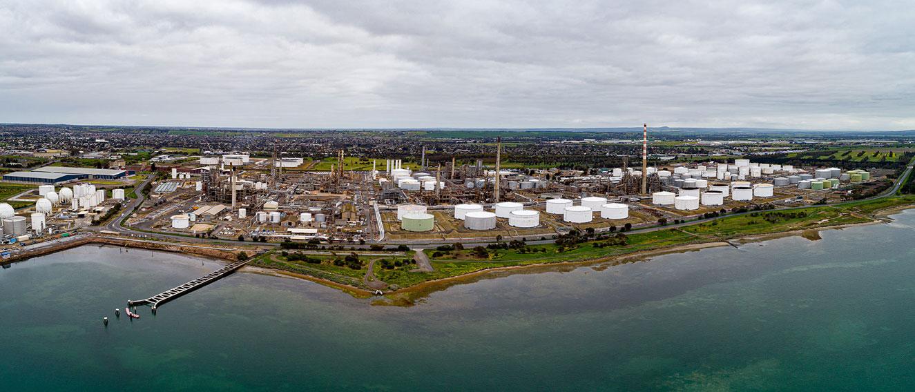 Australia S Viva Energy Warns It May Shut Refinery On Demand Plunge
